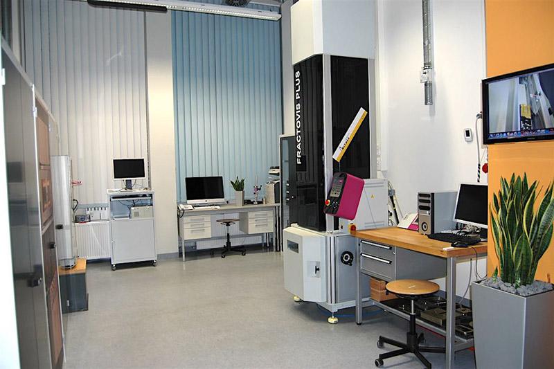 Kurzzeitdynamische Prüfung | Polymer Engineering Bayreuth